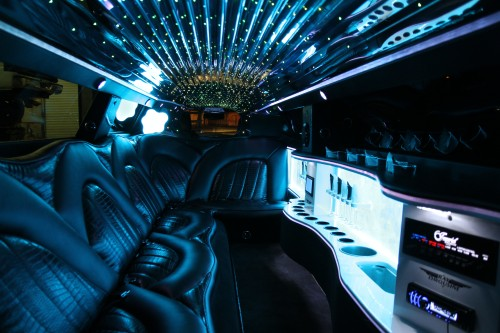 Chrysler 300 Super Stretch Limousine2