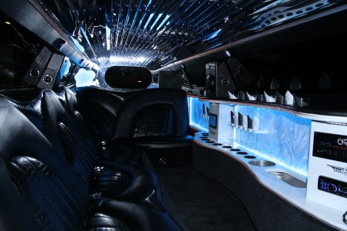 Chrysler 300 Super Stretch Limousine3